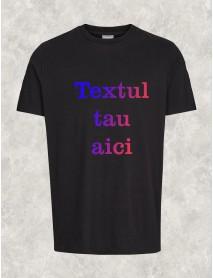 tricou personalizat negru cu scris multicolor